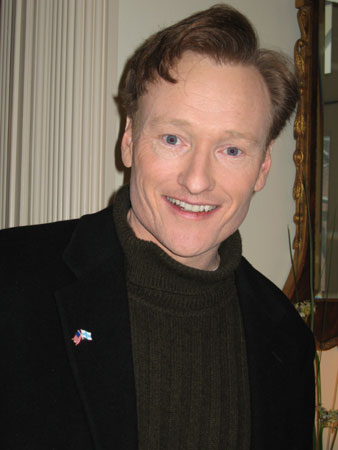 Conan_O'Brien_at_U.S._Embassy_Helsinki